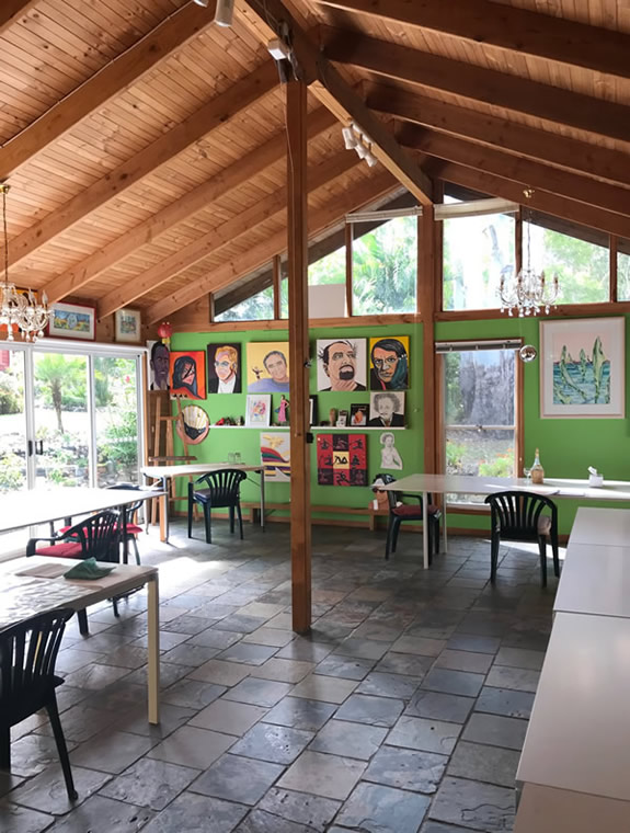 Art Workshop Space - Giselle's Art Studio