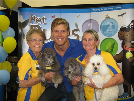 Pet Expo 2011 - with Bondi Vet - Chris Brown